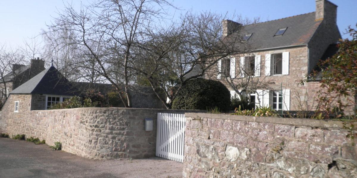 Maison en pierre locale – Plévenon