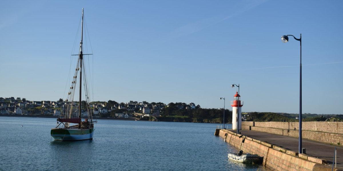 Avant Port Erquy – Vue sur la Sainte-Jeanne