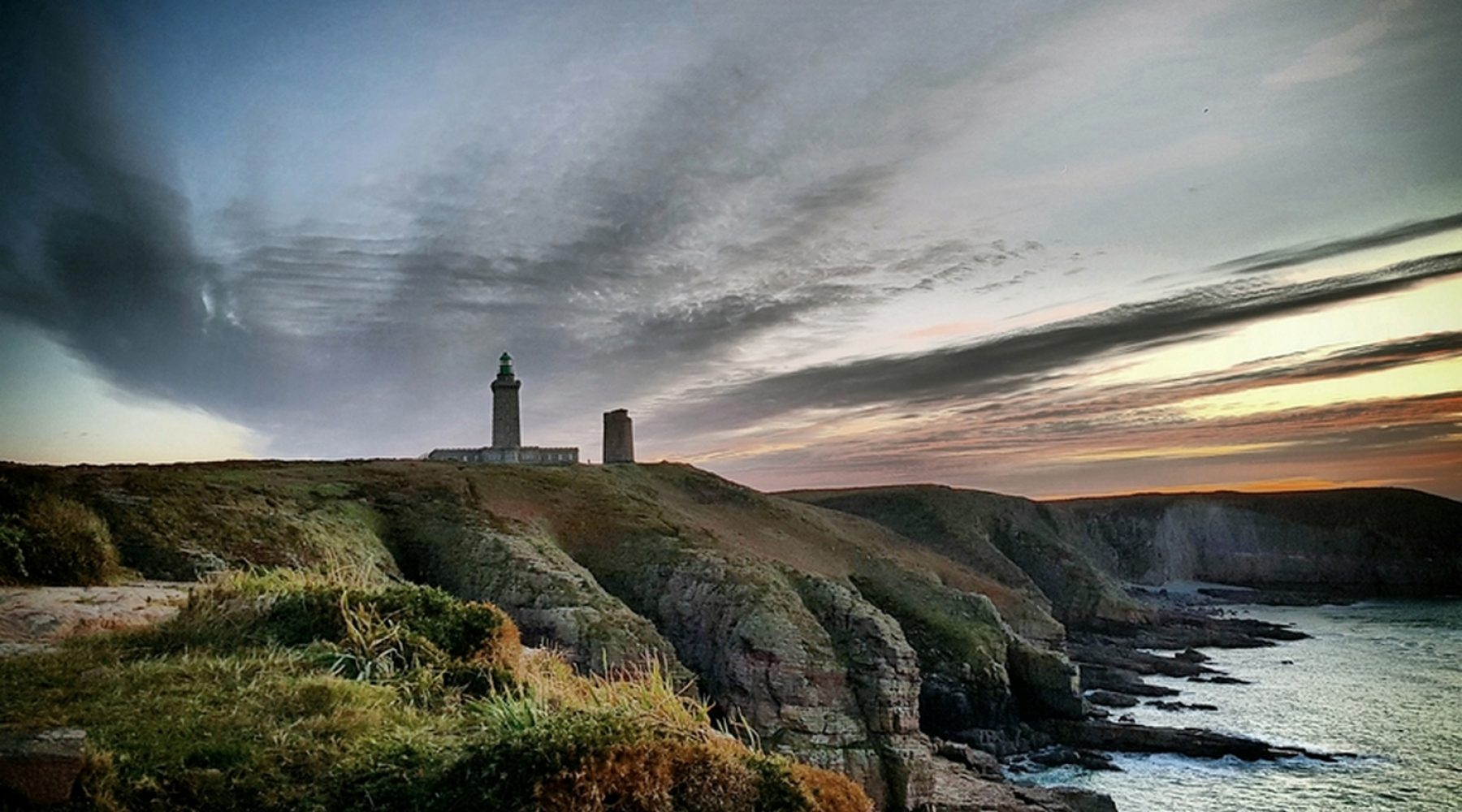 Un soir sur le phare – ©Didier Despres