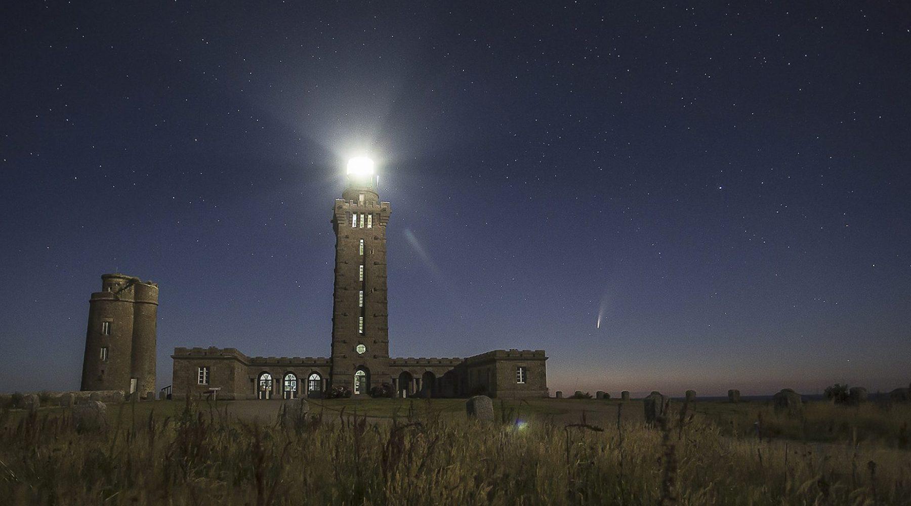 Comète Neowise au Cap Fréhel – ©Louis Rouxel